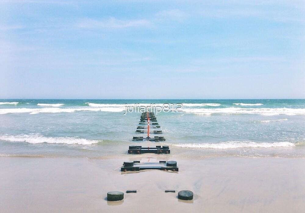 Ocean by juliadip812