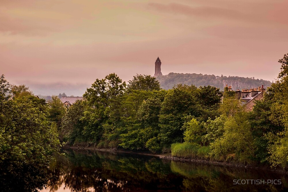 Wallace monument by SCOTTISH-PICS