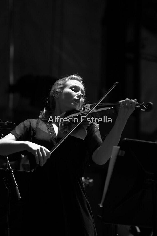 Lost in music by Alfredo Estrella
