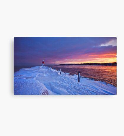 Lake effect sunrise - Rochester NY Canvas Print