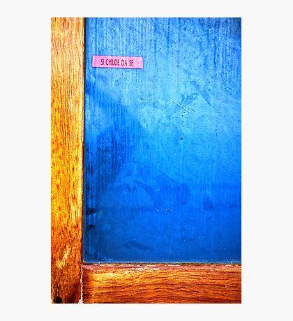 Self-closing door Photographic Print
