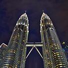 Petronas at the blue hour by Antonio Zarli