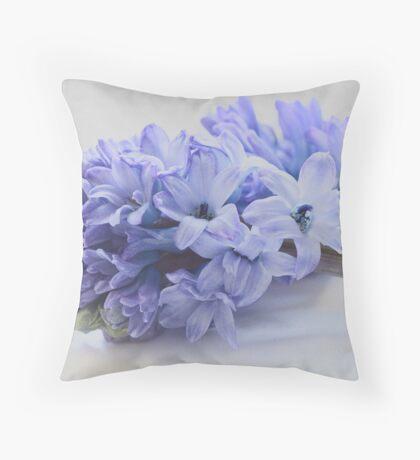 Hyacinth Bucket, pronounced bokeh! Throw Pillow
