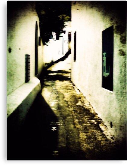 Iddu's alleyway 2 by FilleDeLEau