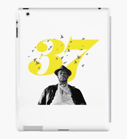 Byrd 37 iPad Case/Skin