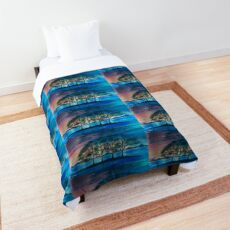 T-shirt, landscape Emotive Comforter