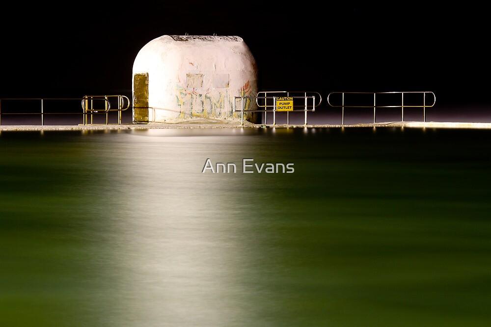 Vorsicht by Ann Evans