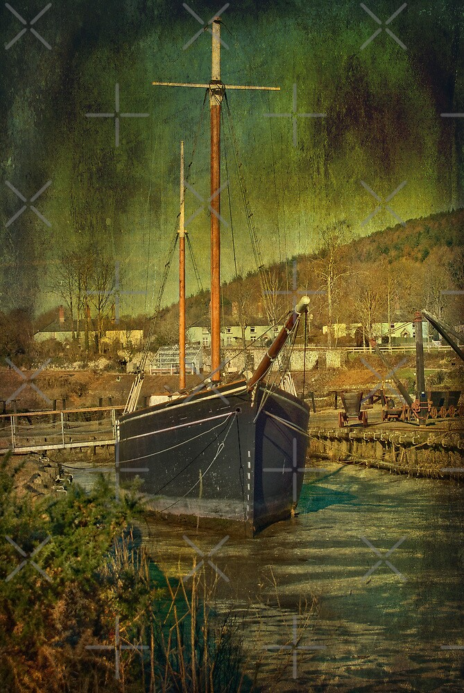 Tamar Sailing Barge by Catherine Hamilton-Veal  ©