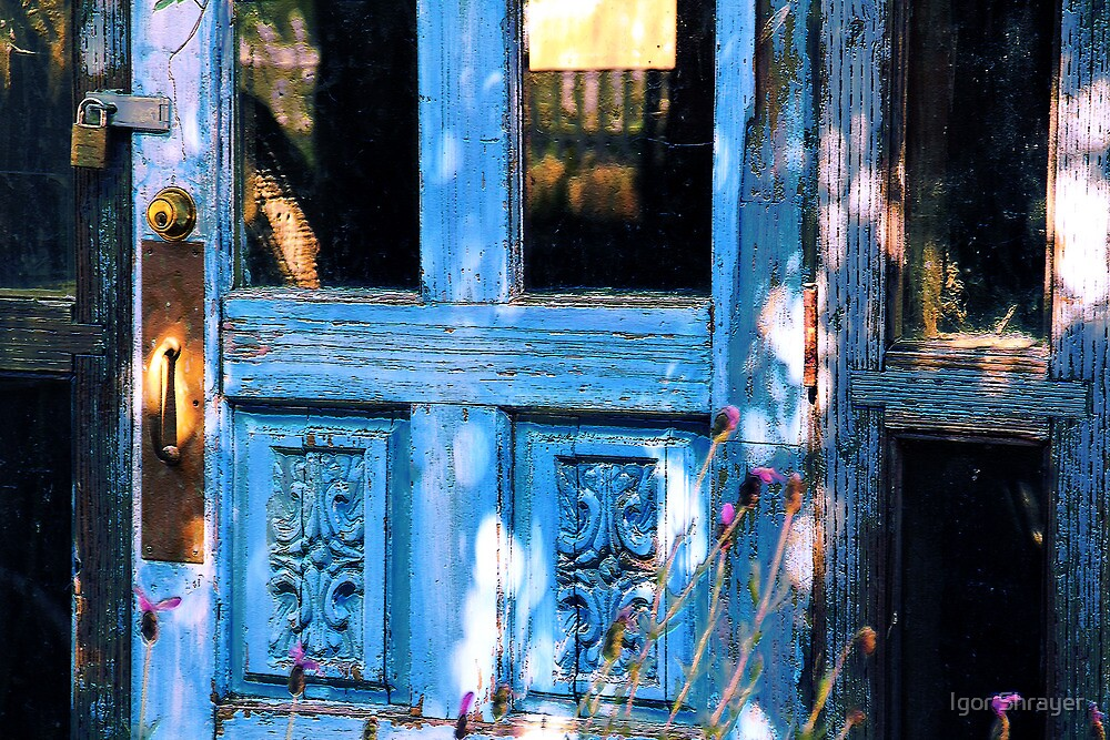 Nobody lives here anymore by Igor Shrayer