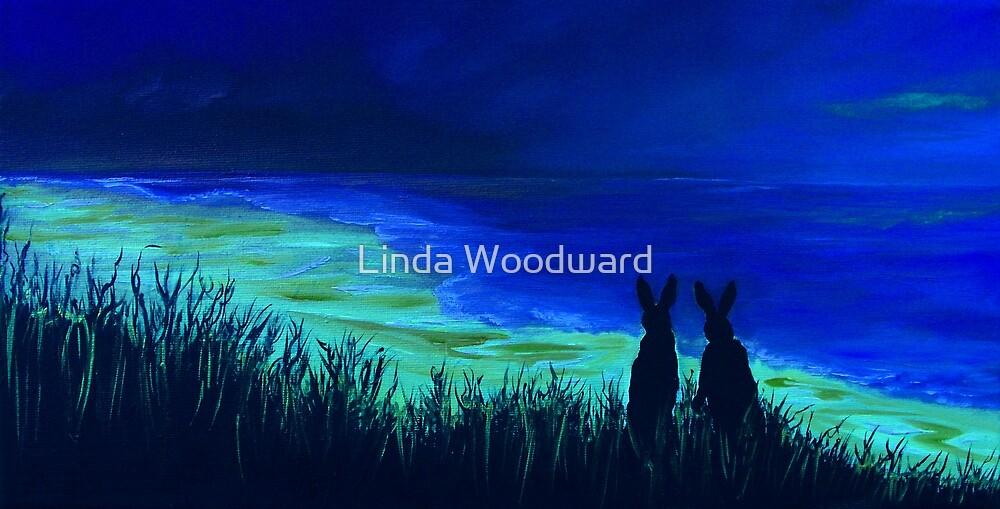 Beach Bunnies! by Linda Woodward