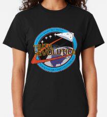 Truth Revolution Space Mission Logo 1 T-shirt classique