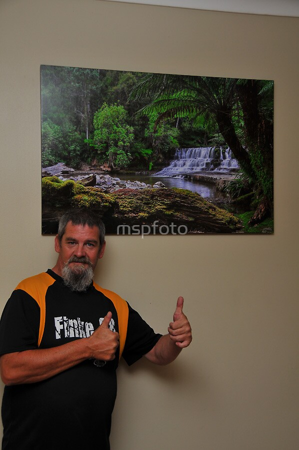 Thumbs Up by mspfoto