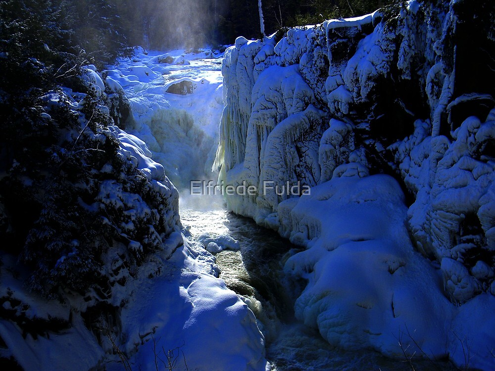 Dorwin Falls by Elfriede Fulda