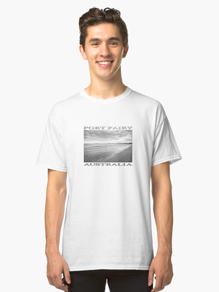 Alternate view of Sunrise at Port Fairy (b&w graphic sketch) Classic T-Shirt