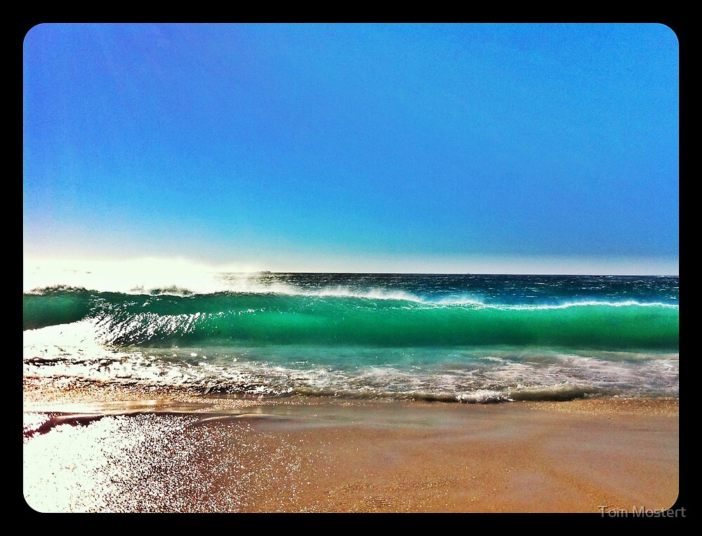 Beach spectacular. by Tom Mostert