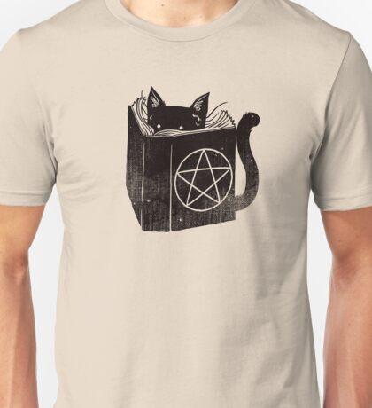witchcraft cat Unisex T-Shirt