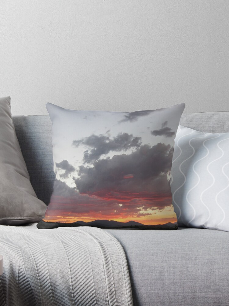 Sunset Over Klamath Falls by Gabriel Carlson