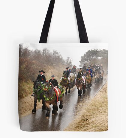 To the beach... Tote Bag