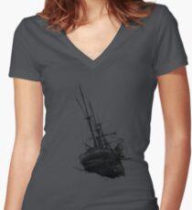 Sunken ship Women's Fitted V-Neck T-Shirt