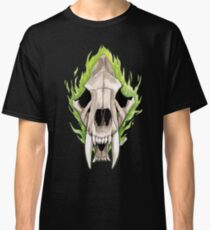 Flaming Skulls - Sabre Toothed Tiger Classic T-Shirt