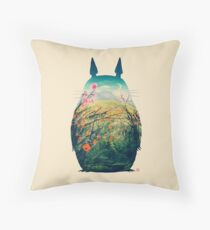 Tonari No Totoro Throw Pillow