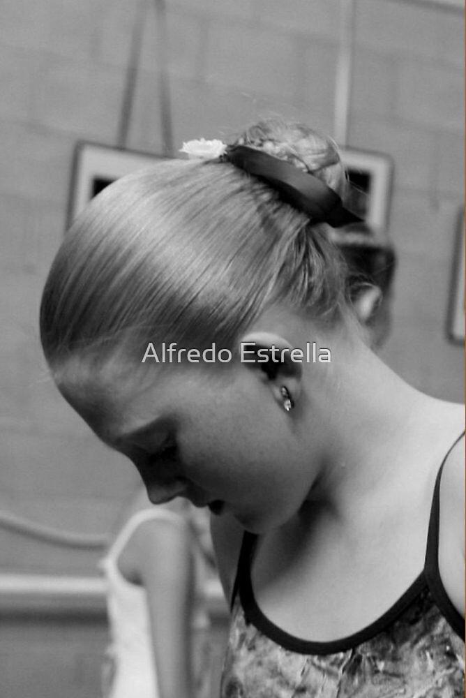 Pensive by Alfredo Estrella