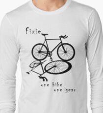 Fixie - one bike one gear (black) T-Shirt