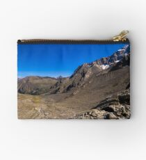 Looking down from the Sulzenauferner Zipper Pouch
