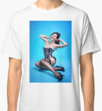 Retro Pin up Girl  Classic T-Shirt