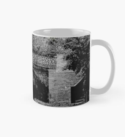 Bridge 66 North Oxford Canal no.1  Mug