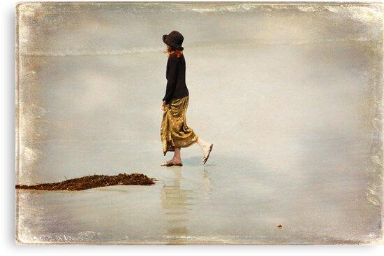 ~ Solitary ~ by Lynda Heins