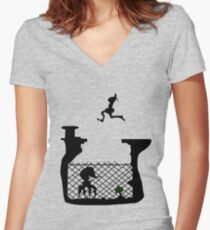 Abe's escape Women's Fitted V-Neck T-Shirt