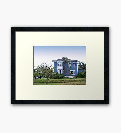 PT Victorian Home Framed Print