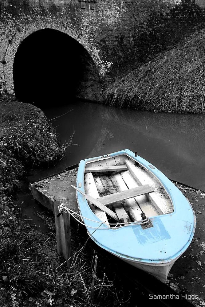 Mooring - Bruce Tunnel by Samantha Higgs