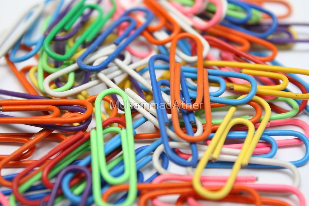 a cluster of paper clips by MuhammadAther