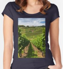 The Vineyard Women's Fitted Scoop T-Shirt