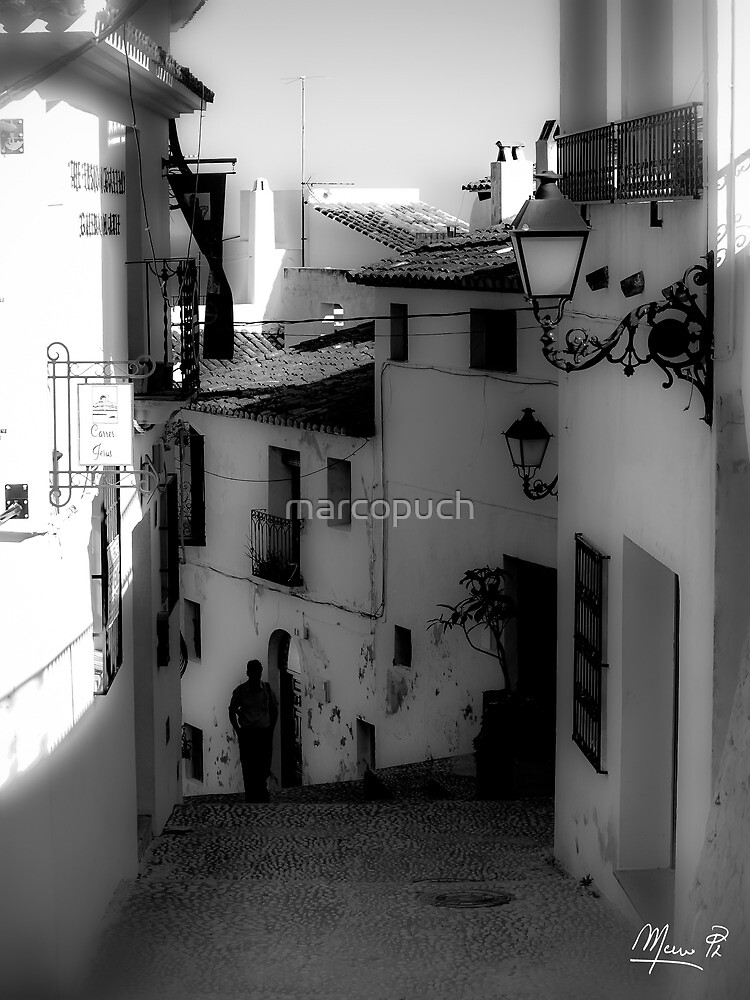 Alley in Altea by marcopuch