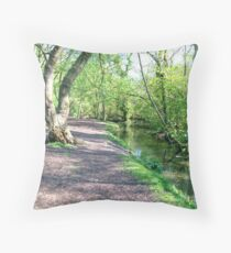 Kearnsey Throw Pillow