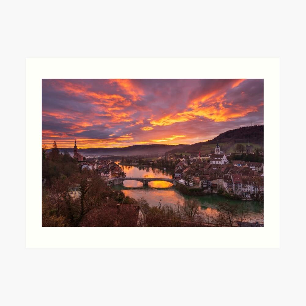 Le Rhin et Laufenburg à l'aube Impression artistique