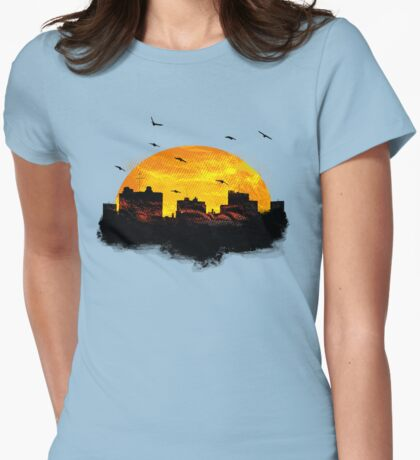 Cool Sunset - City Skyline - Cute Birds T-Shirt