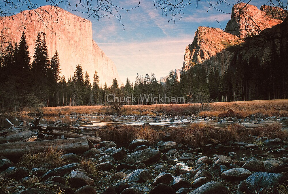 GATES OF THE VALLEY by Chuck Wickham