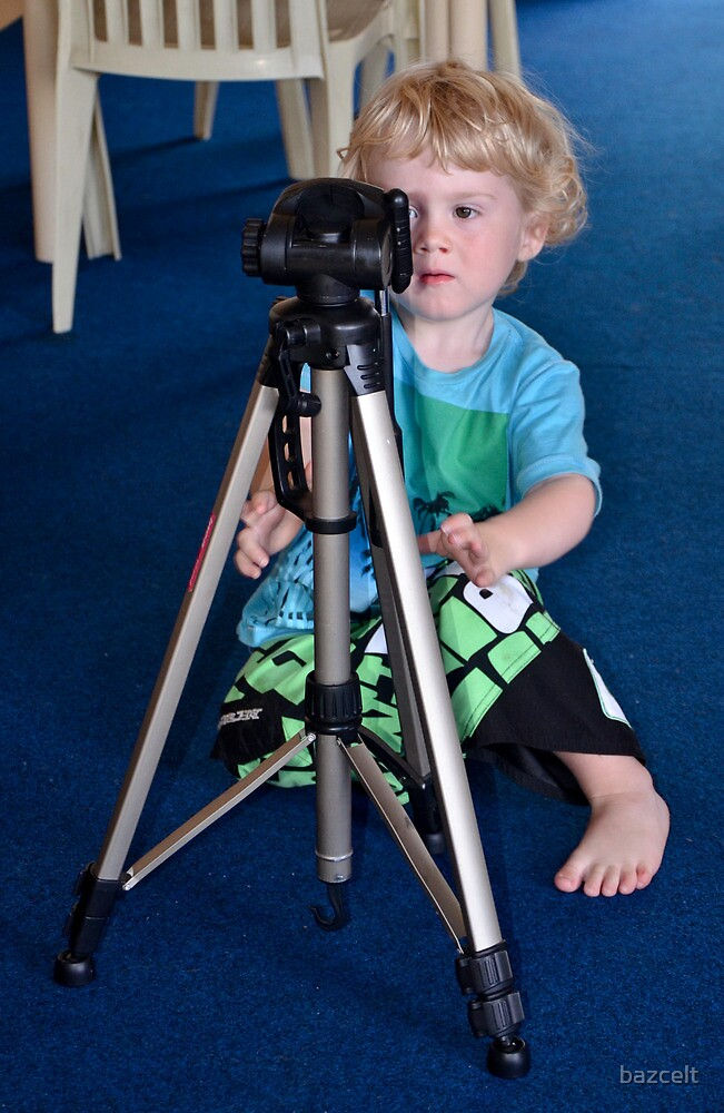 Tripod set up, right, now please let me have your camera! by bazcelt