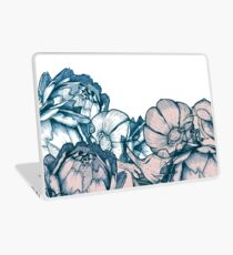 In my garden of pink and blue Laptop Skin