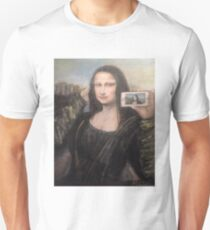 Mona Lisa Selfie Unisex T-Shirt