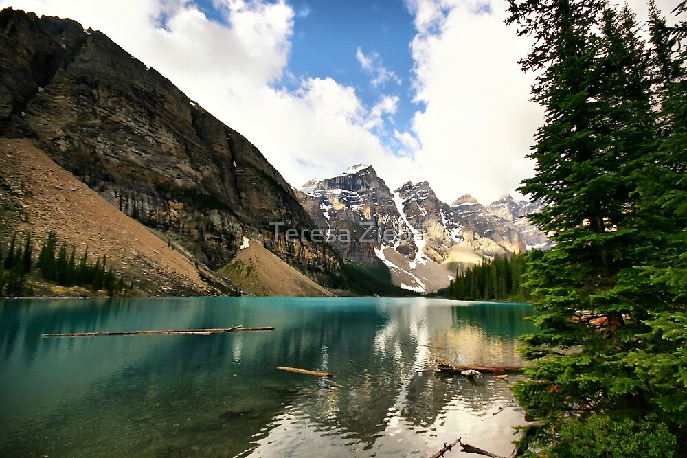 Moraine Lake, Banff National Park by Teresa Zieba