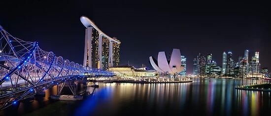 Marina Bay, Singapore by Dean Mullin