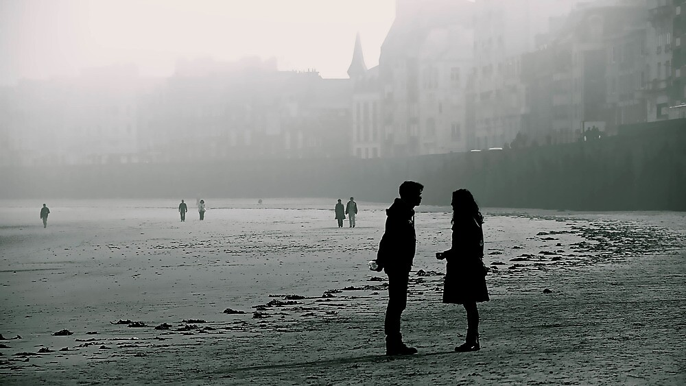 Separation on the beach by doux-amer