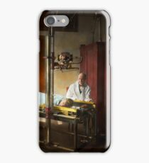Doctor - X-Ray - In the doctors care 1920 iPhone Case/Skin