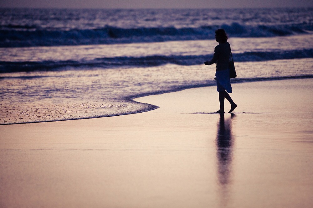 person on the beach in Los Angeles by danwa