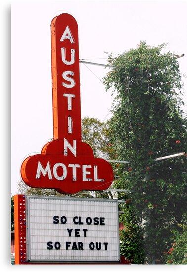 Austin Motel by luckylarue